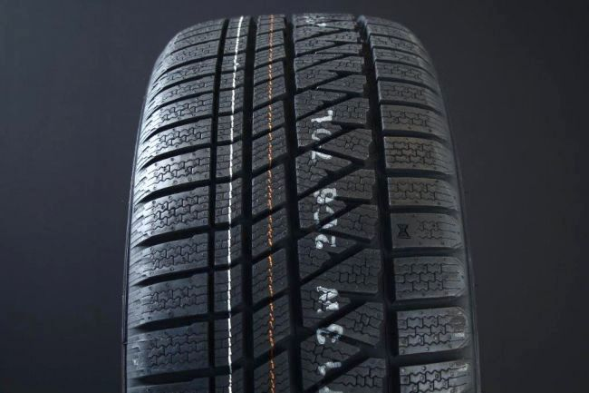245/65R17 KUMHO WINTERCRAFT WS71 FRIKTION