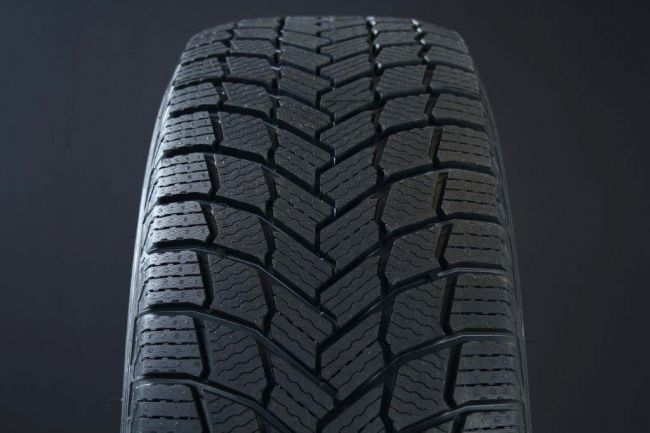 235/40R19 MICHELIN X-ICE SNOW FRIKTION