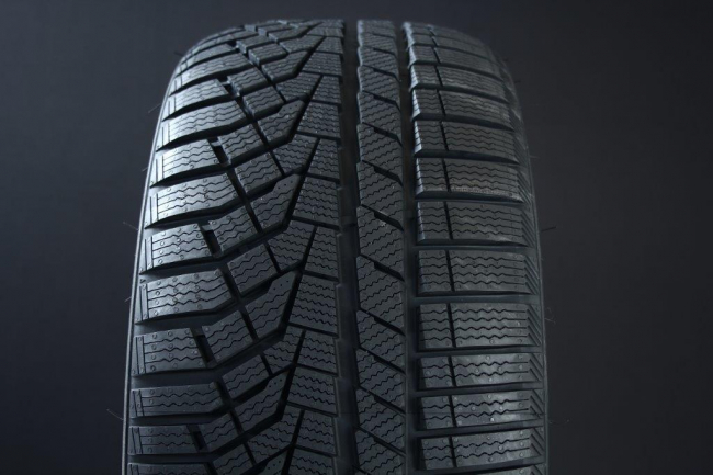 225/55R18 SAILUN ICE BLAZER ALPINE EVO FRIKTION