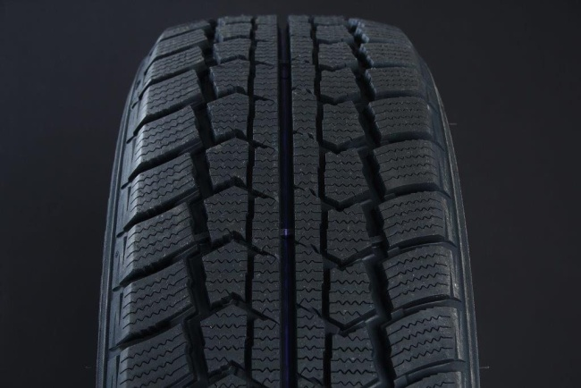 235/65R16 LANDSAIL SNOW STAR C-DÄCK FRIKTION
