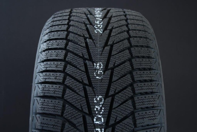285/60R18 HANKOOK WINTER I*CEPT X RW10 FRIKTION