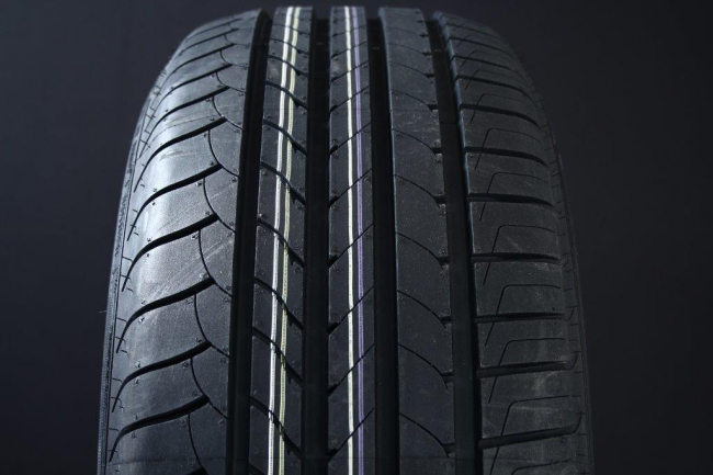 175/65R14 GOODYEAR EFFICIENT GRIP