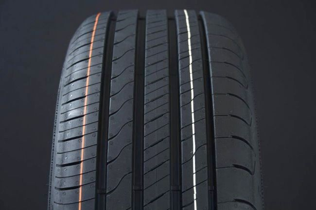 205/50R17 GOODYEAR EFFICIENTGRIP PERFORMANCE 2